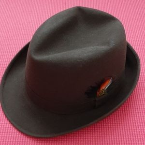 Dobbs Biltmore men's fedora in brown size 7 1/8